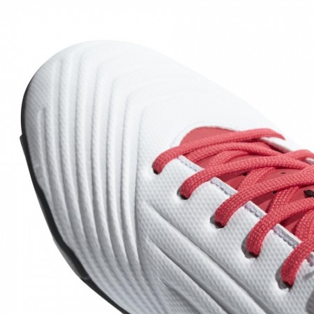 Buty piłkarskie Buty adidas Predator Tango 18.4 TF CP9932